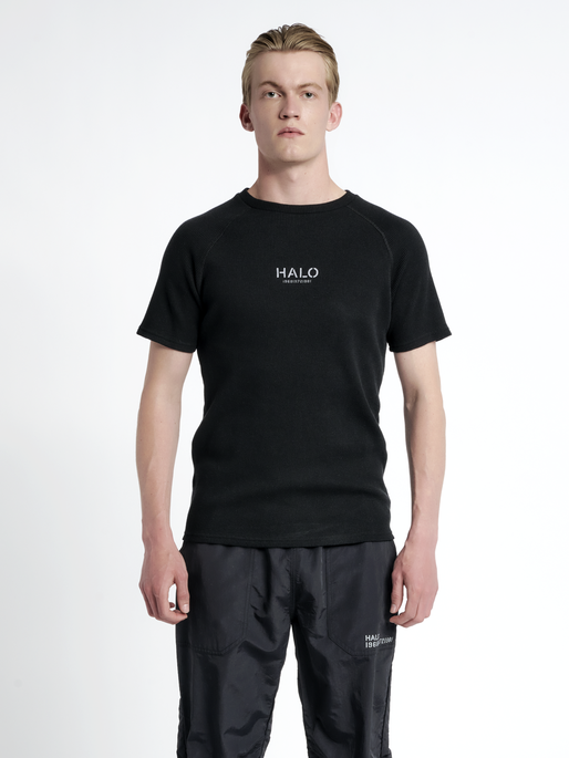 HALO WAFFLE TEE, BLACK, model